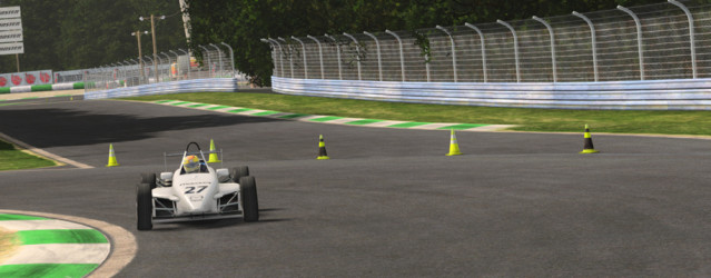 rFactor 2 &#8211; Skip Barber 2000 Licensed