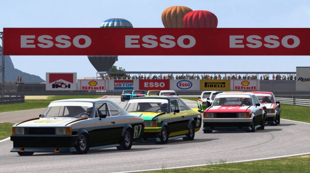 Game Stock Car Extreme – Version 1.35 Available