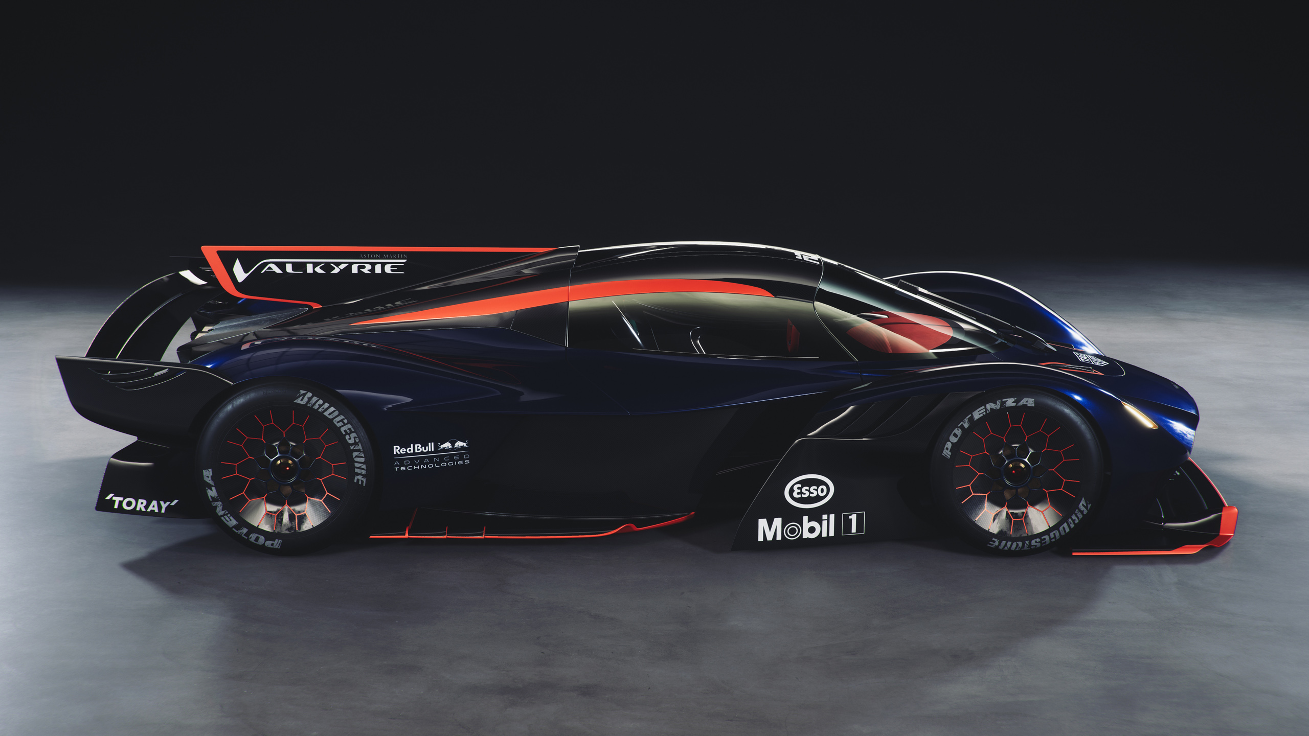 AMValkyrieAMR_v6_cam16_r_down_1440p_RTX Aston Martin Valkyrie AMR Pro for Assetto Corsa – New Previews